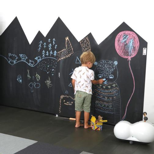 chalkboard-kids-room-1